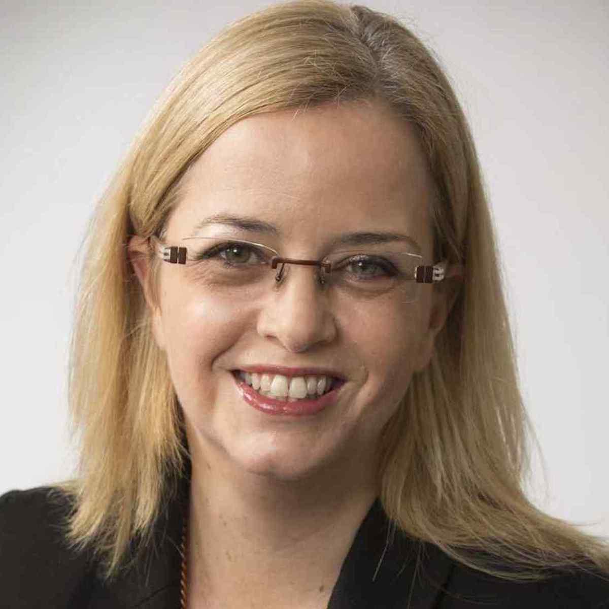 Dr Bernadette Moore